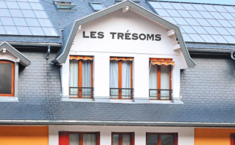 """Façade de l'hôtel """"Les Trésoms"""" à Annecy"""