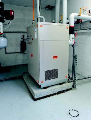 L'une des sept PAC gaz à absorption sur sonde géothermique, d'une puissance de 42 kW